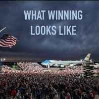 Q VIDÉOS - Voici une comparaison du mode J. Biden vs D. Trump.