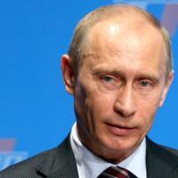 """Q SCOOP - Russie : Vladimir Poutine appelle les pays rivaux à ne pas """"franchir de ligne rouge""""."""