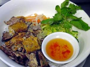 Grilled Pork Slices with Rice Vermicelli