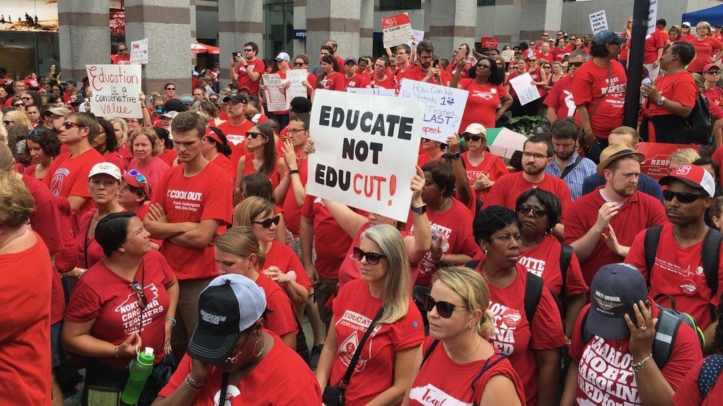 NC teachers rally for higher pay