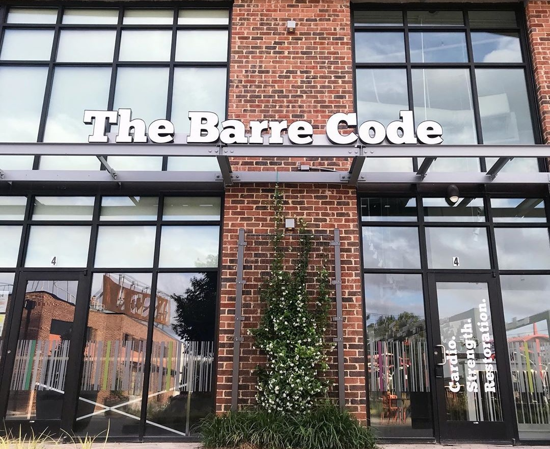 Lauren Travis, The Barre Code franchise owner, talks about the ballet barre-inspired workout - Q City Metro