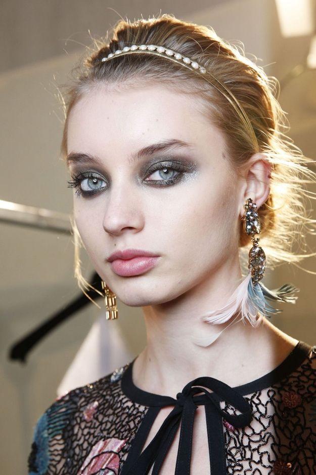 The City: Paris The Show: Elie Saab The Look: Delicate hair bands