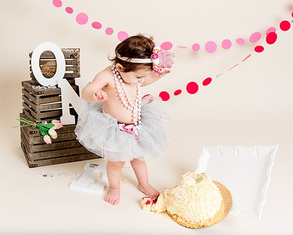 cake smash, baby photographer in Pepperell, MA, photographer near Pepperell, MA, Q Hegarty Photography Weddings & Portraits