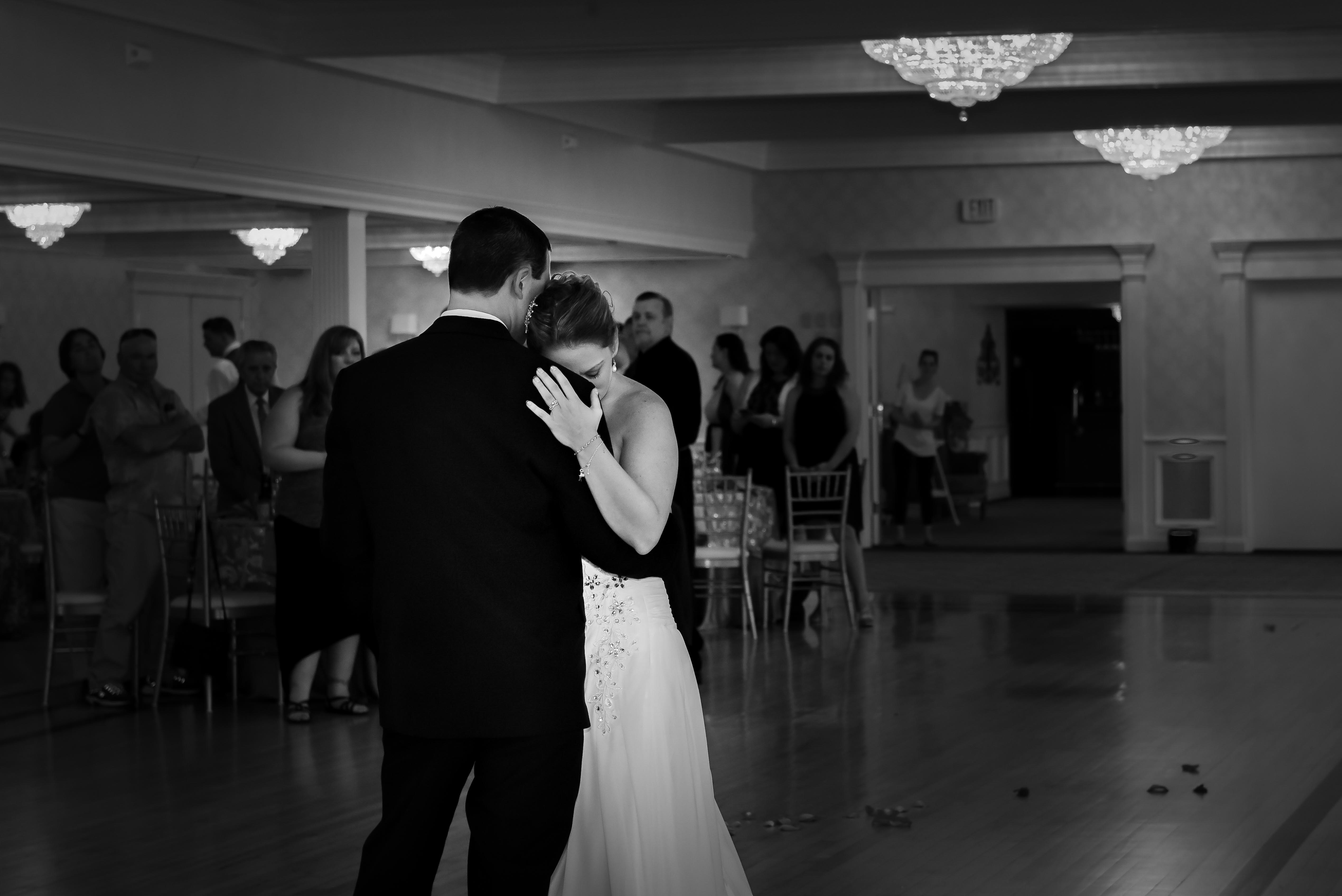 black and white first dance photos, wedding day photos, Boston wedding photographer, Mendon, MA wedding photogrpahers, NH wedding photographers
