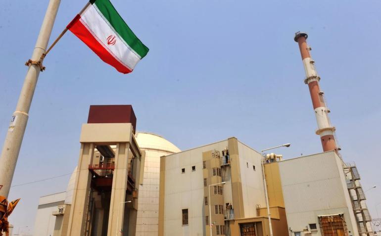 美國要幹什麼?美軍200所生物實驗室環繞中俄,外交部連發四問