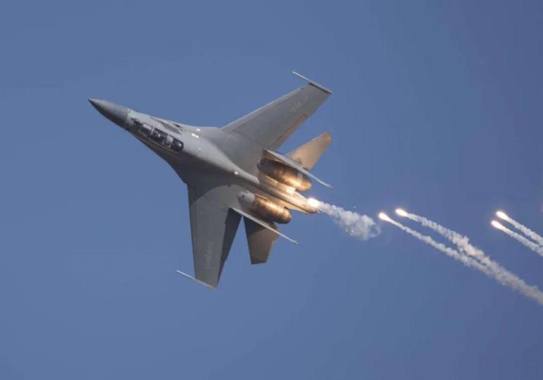 妥协没有出路!中国一举拿下世界大港,拒绝向新加坡交高昂过路费