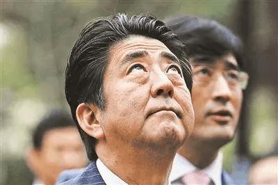 """AK47被誉为""""步枪之王"""",威力有多恐怖?老兵:命中四肢后走不动"""