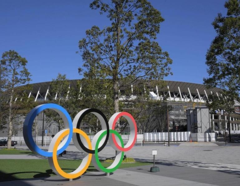 台媒真的不要脸!强行P图广州核酸检测车,舆论战翻车成为常态