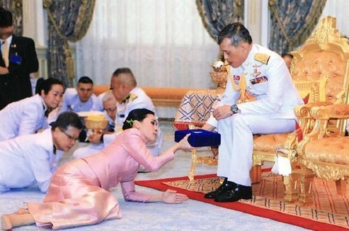 美国人疑惑:为何现在唐人街人去楼空了,难道是中国从中作梗?