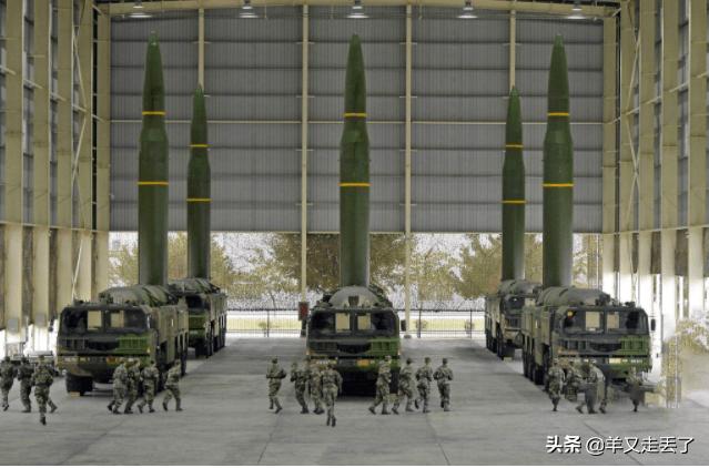 太傷自尊!澳前總理:美國連拿AK47的塔利班都打不過,怎麼贏中國