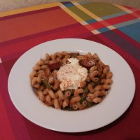 Pasta con salsa de rabo de ternera.
