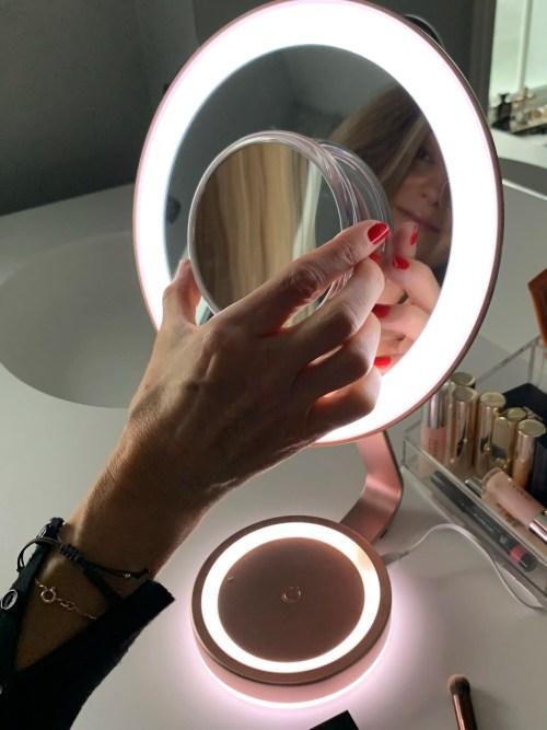 Babyliss makeupspejl med lys og forstørrelse