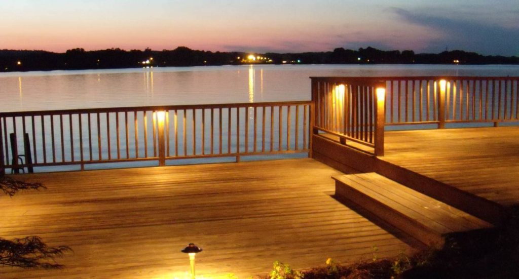 decorate your deck for evening entertaining