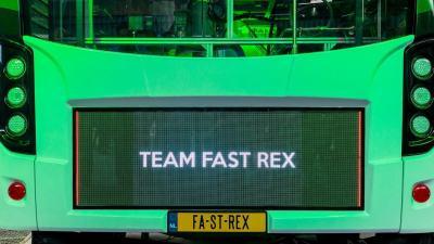 QledX ledscherm op electrische stadsbus