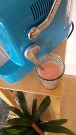 Strawberry yougurt juice