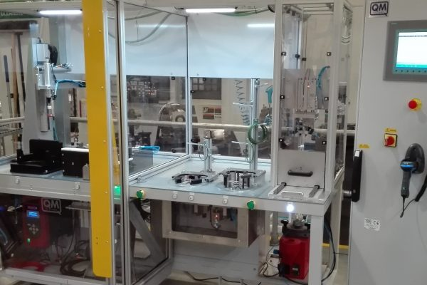 H&M bottom centrifuge