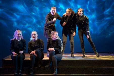 Scottish Opera's Connect Chorus in Dido and Aeneas. Scottish Opera 2017. Credit Tim Morozzo (2)