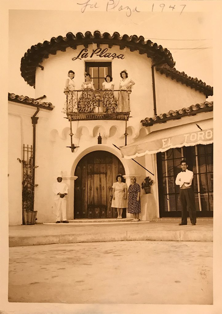Hernandez-family-at-La-Plaza-722x1024