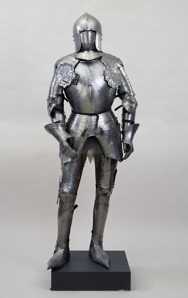 中世の騎士は本當にフィクションで描かれているような大げさな鎧を裝著していたのでしょうか? - Quora