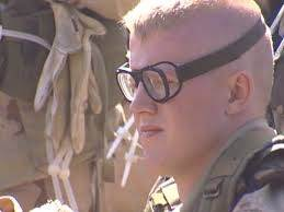Can people with glases join the army? - Quora