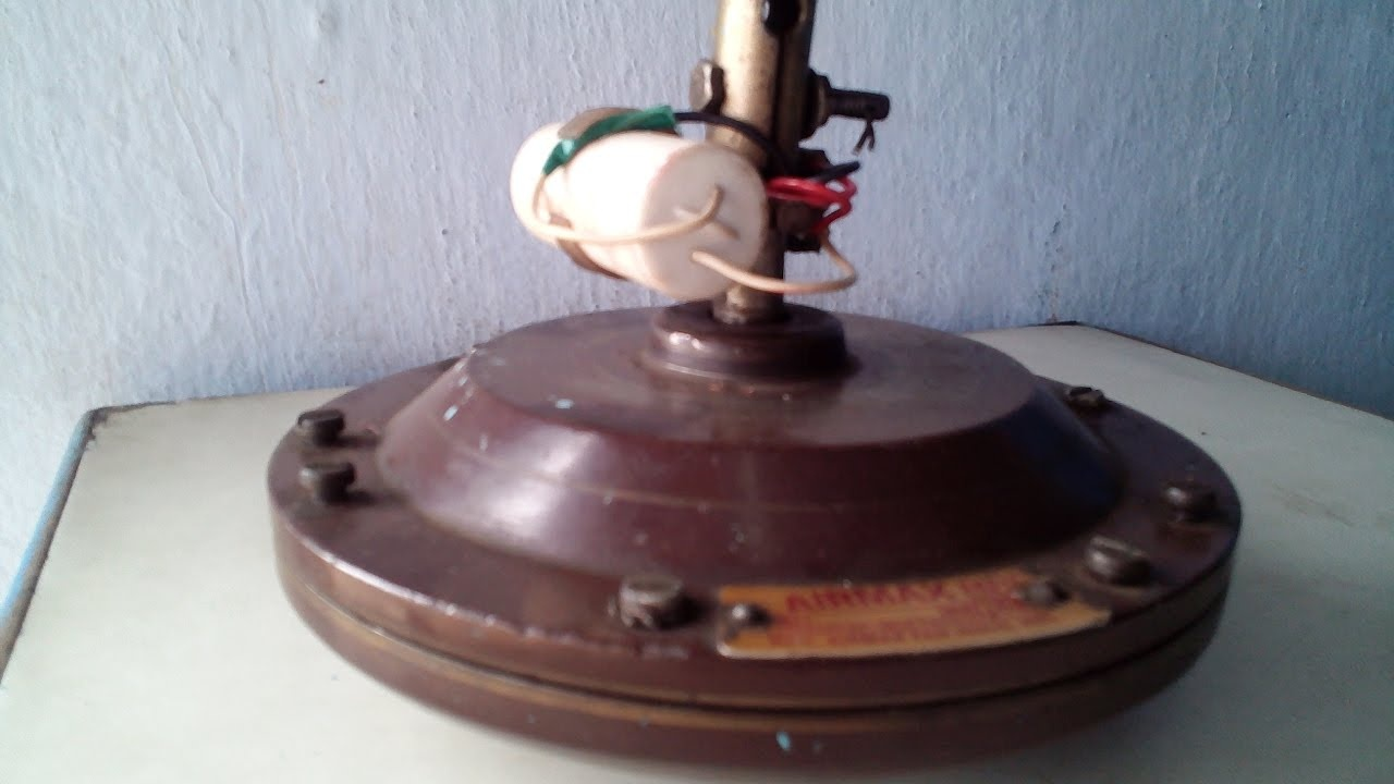 hight resolution of an ordinary ceiling fan a split phase induction motor essentially consists of a running winding and a starting winding it doesn t have the property of