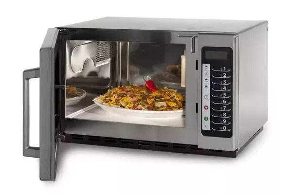 use steel bowls in a microwave oven