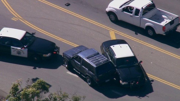 During a high speed police chase. why does the PIT maneuver seemingly disable the suspects vehicle? - Quora