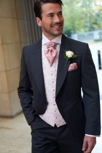 How does a charcoal suit pink waistcoat and blue shirt ...