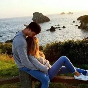 What do two people in an uncommitted relationship do if one falls in love  but the other doesn't? - Quora