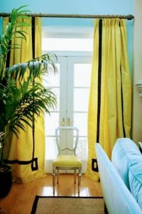 Which colored curtains go with light blue walls? - Quora