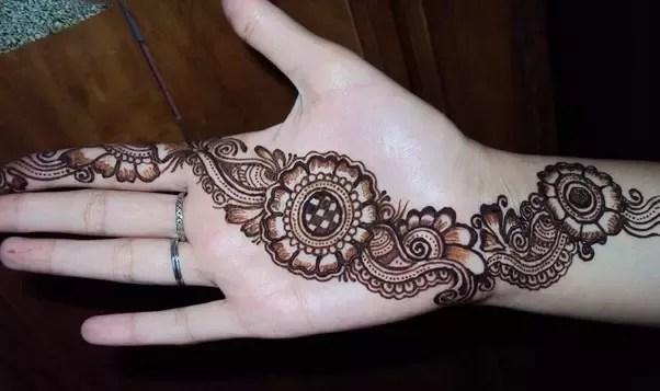 Mehandi Simple Designs For Hands
