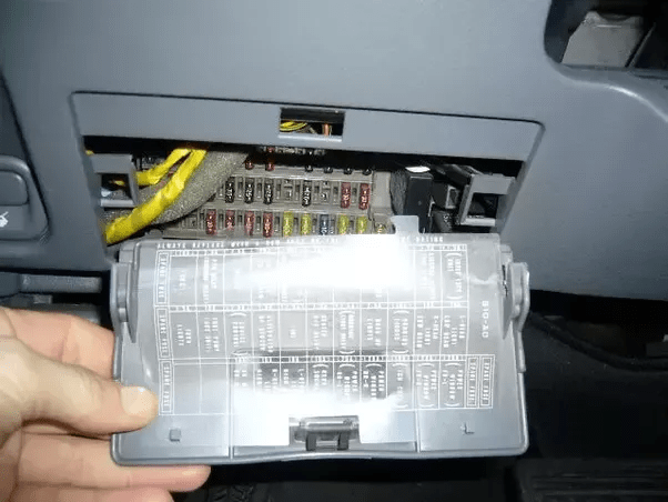 2004 Volvo S 80 Fuse Box Diagram