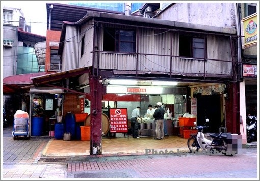 What are the must see places. must do things and must eat places in Taipei? - Quora