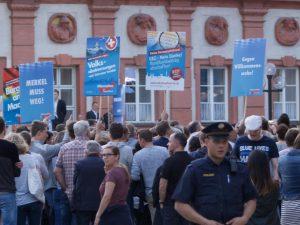 Merkel in Bayreuth: großes Geschnatter um nichts
