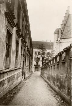 Palais Enzenberg_alte Ansicht Front