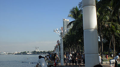 This is not Puerto Galera!  This is Manila's Baywalk, Easter 2009, and yes there are people swimming in Manila Bay (a lot of them as a matter of fact).