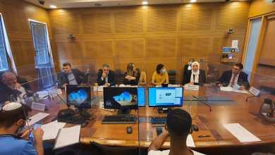Photo of لجنة مكافحة الجريمة البرلمانية برئاسة د. منصور عباس تبحث موضوع قتل النساء