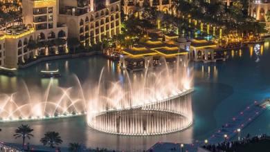 صورة دبي تسجل رقماً قياسياً لأكبر نافورة في العالم.
