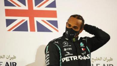 صورة إصابة بطل العالم لسباقات «فورمولا 1» لويس هاميلتون بكورونا