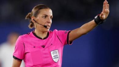 صورة الفرنسية ستيفاني فرابار أول امرأة تدير مباراة في دوري أبطال أوروبا
