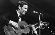 Chet Atkins, W4CGP – Guitar Legend