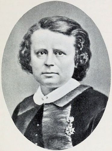 Rosa Bonheur 1865 wearing Legion of Honor