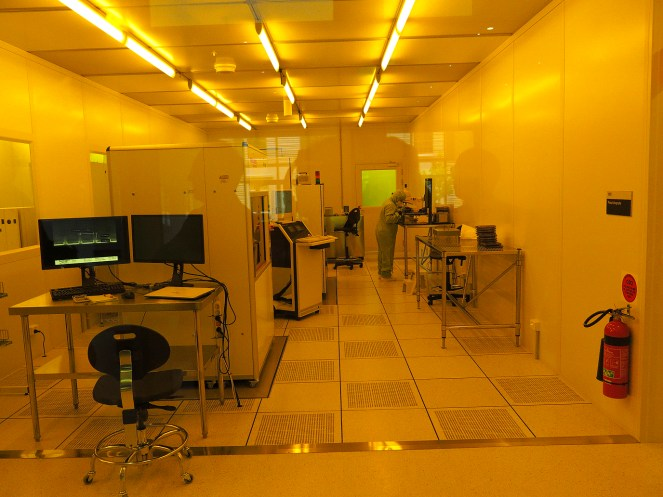 Cleanroom at the Research and Prototype Foundry Lab. Photo: Gilbert Bel-Bachir.