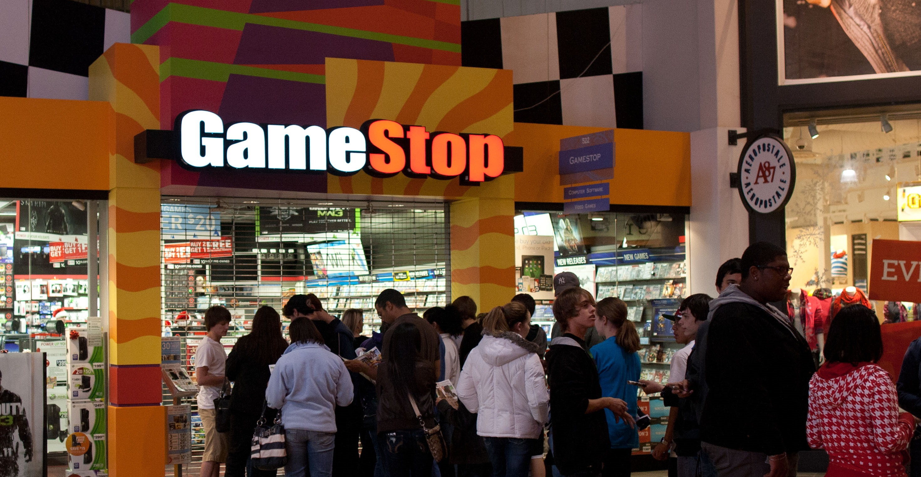 Gamestop Spends Millions To Buy 507 At T Retail Locations