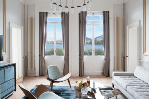 New Life In Geneva The Ritz Carlton Hotel De La Paix