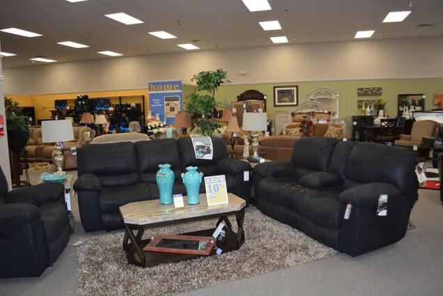 Farmers Home Furniture Opens With Grand Opening In Muscle Shoals