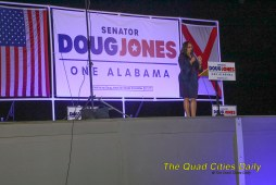 Doug Jones Rally 09262020 (80)
