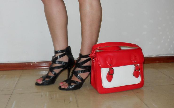 Look preto e branco com bolsa bicolor Romwe 3