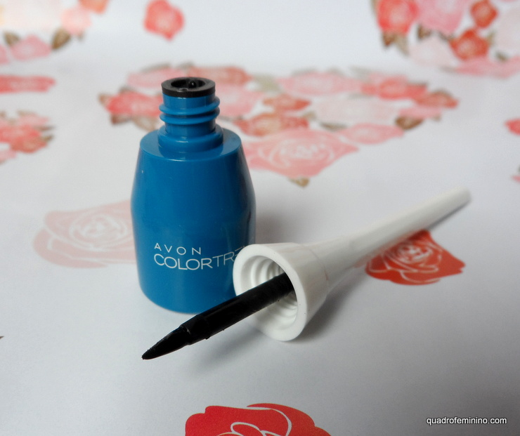 Delineador Líquido para Olhos - Avon Color Trend