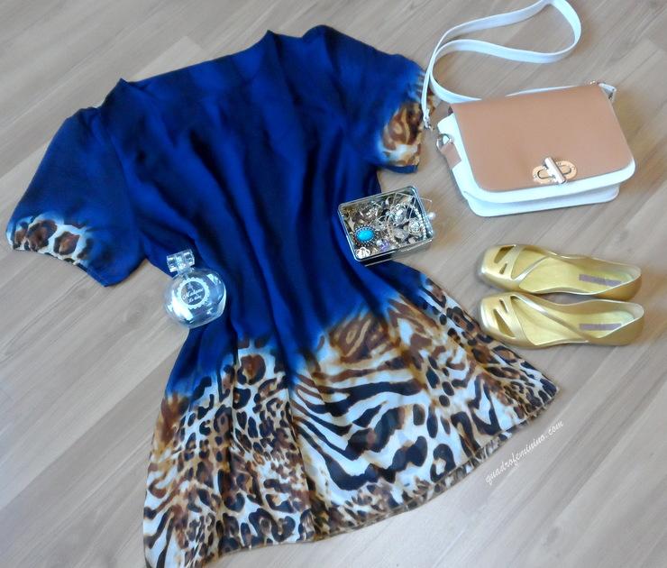 Vestido azul com animal print - SammyDress